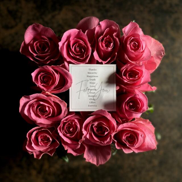 ボックスアレンジメント ダズンローズ(dozen rose)pink
