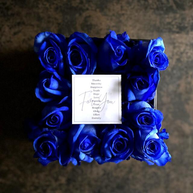 ボックスアレンジメント ダズンローズ(dozen rose)blue