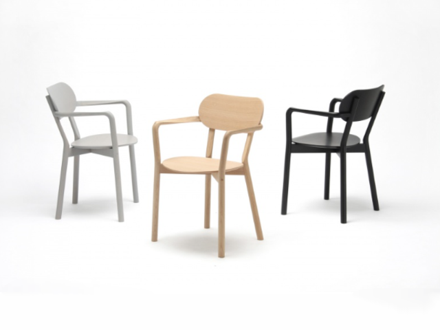 CASTOR ARMCHAIR PLUS キャストールアームチェアプラス KARIMOKU NEW STANDARD カリモクニュースタンダード/椅子