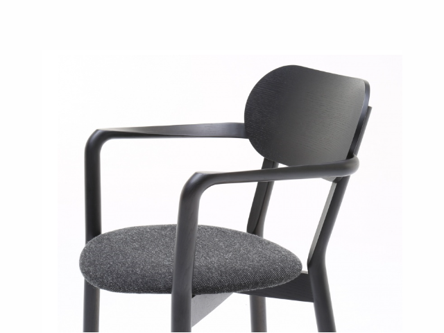 CASTOR ARMCHAIR PLUS PAD キャストールアームチェアプラスパッド KARIMOKU NEW STANDARD カリモクニュースタンダード/椅子
