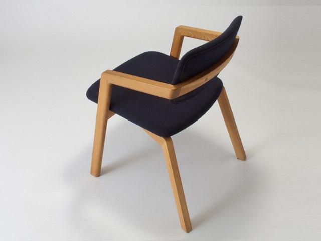 宮崎椅子製作所 kukuチェア