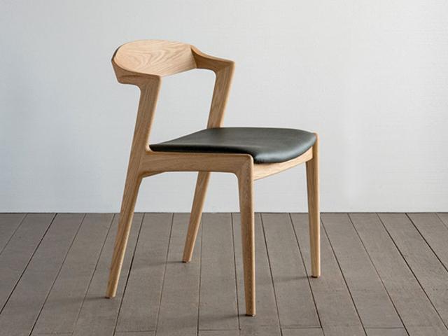 ユナ セミアームチェア SIKI FURNITURE シキファニチア/椅子