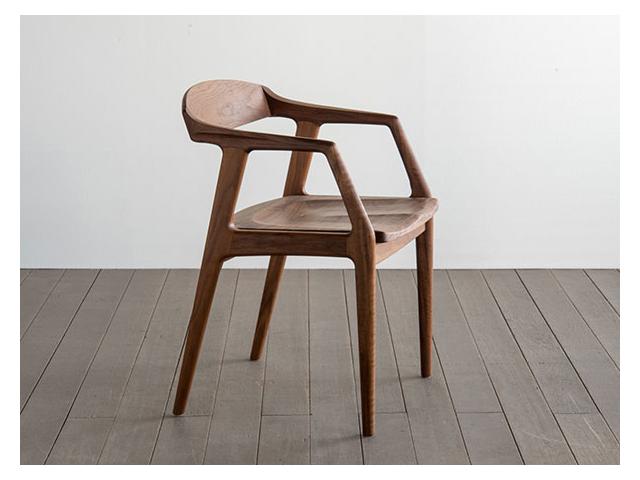 ユナ セミアームチェア ウッド SIKI FURNITURE シキファニチア/椅子