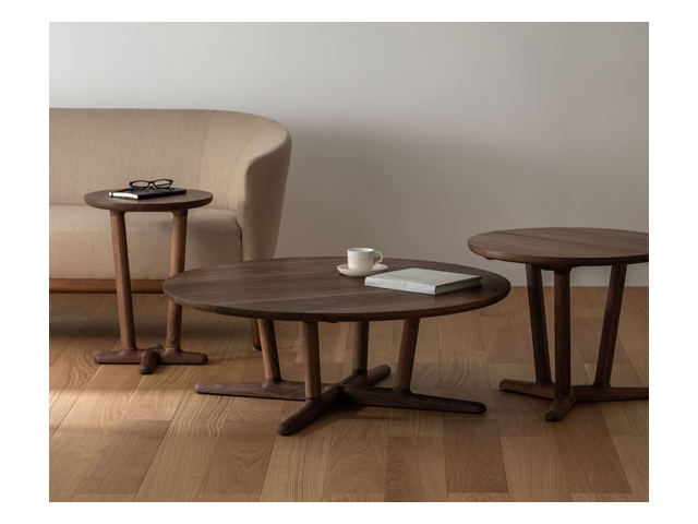 ラウンジテーブル ラウンド イストク 椅子徳製作所 山田佳一朗 木製 丸 サイドテーブル