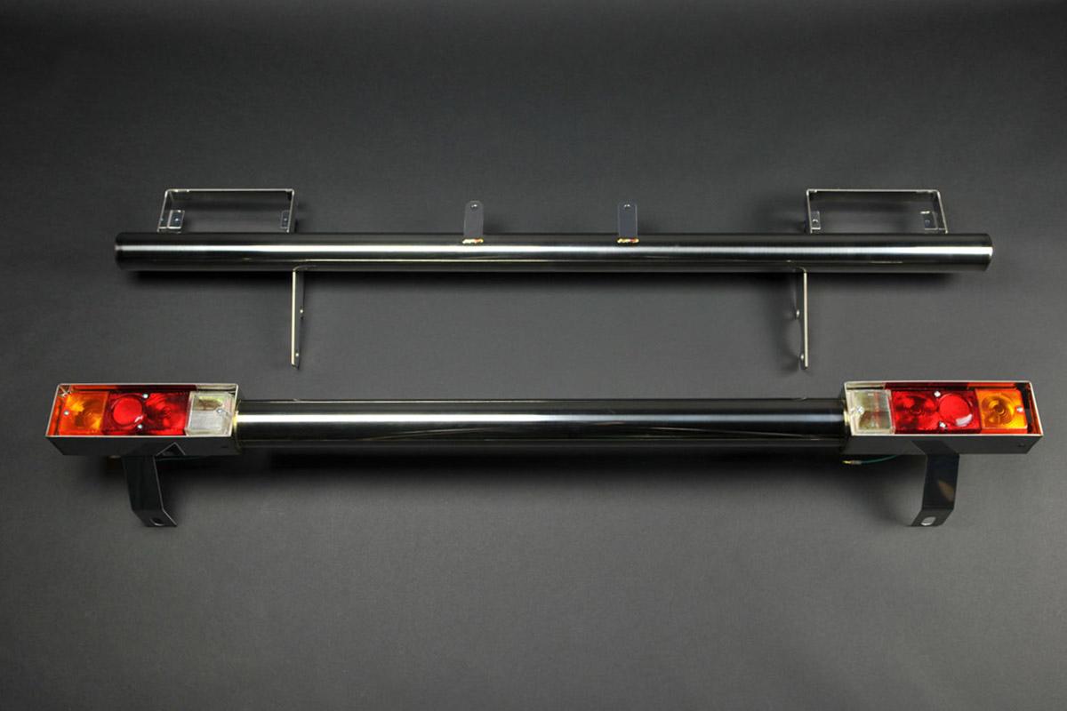ジムニーJA11用 ステンレスバンパー前後セット(LEDレンズ付)