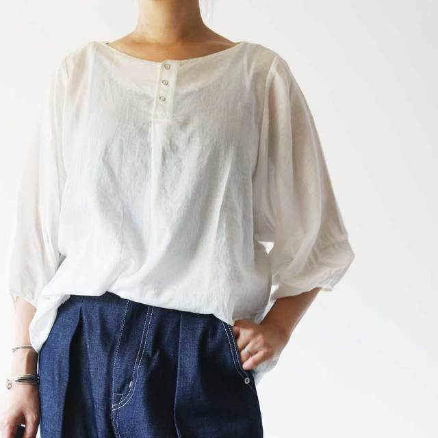 Bortneck Henryneck Blouse