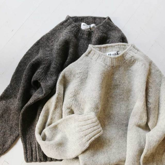 Plain Crew Neck Sweater  (Unisex)