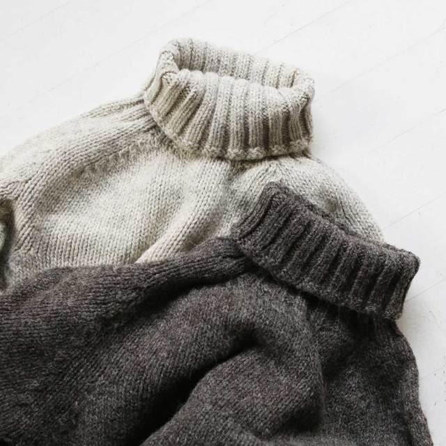 Plain Polo Sweater  (Unisex)