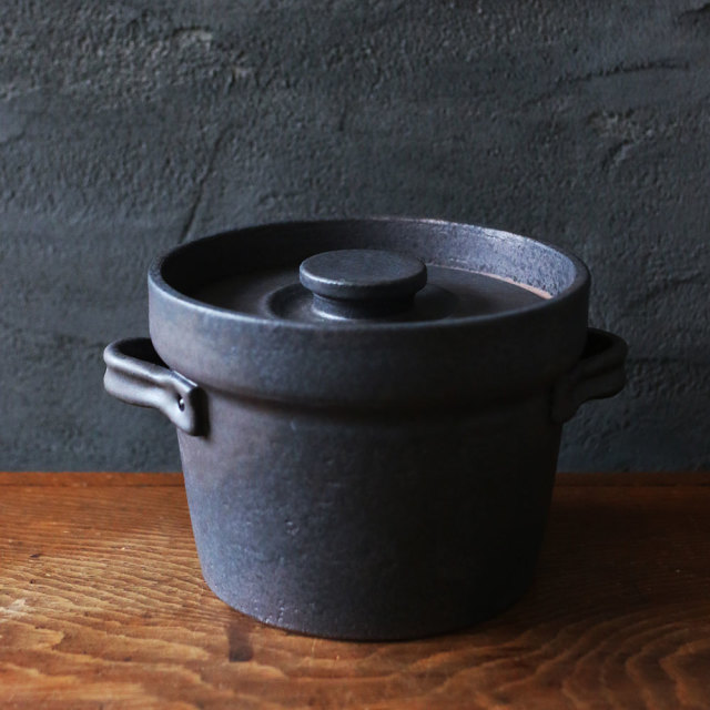 炊飯土鍋 2合  // 石渡 磨美