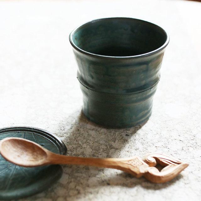 緑釉竹焼酎杯  // 築地 祥郎