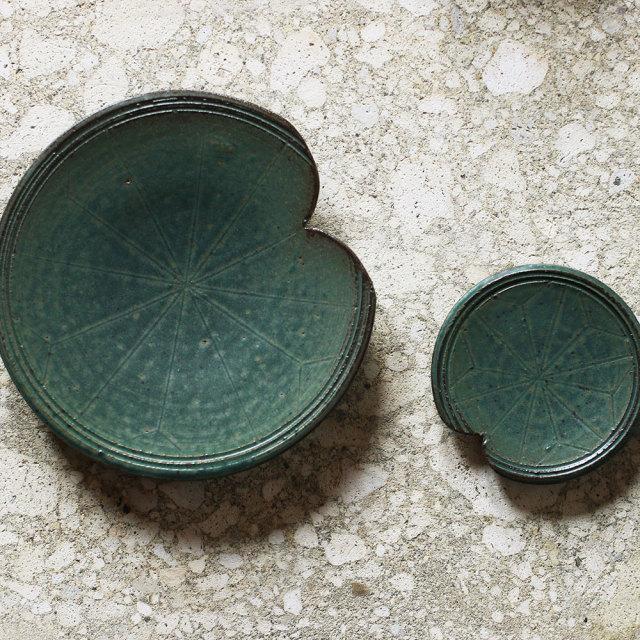 緑釉浮葉銘々皿、豆皿  // 築地 祥郎