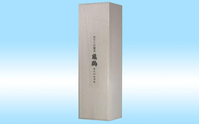 初桜オリジナル高級桐箱1.8L一升瓶タイプ