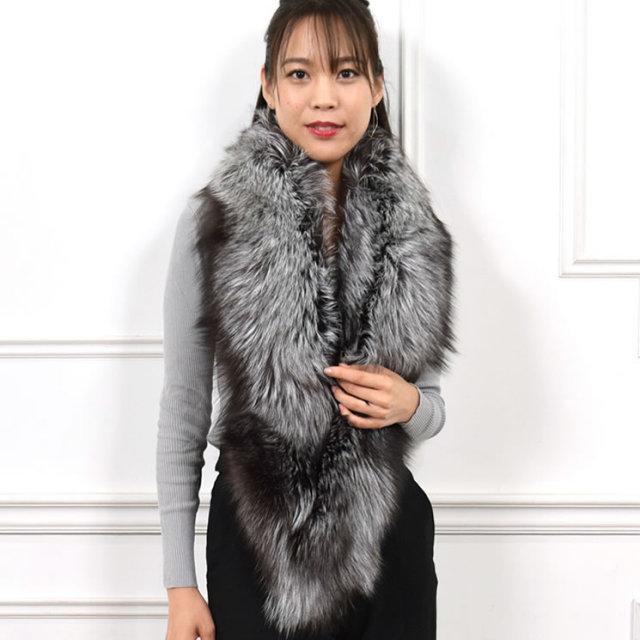 装いを美しく盛り上げる印象的なロングファーマフラー 日本製 SAGA シルバーフォックス ファーマフラー (FS4367)