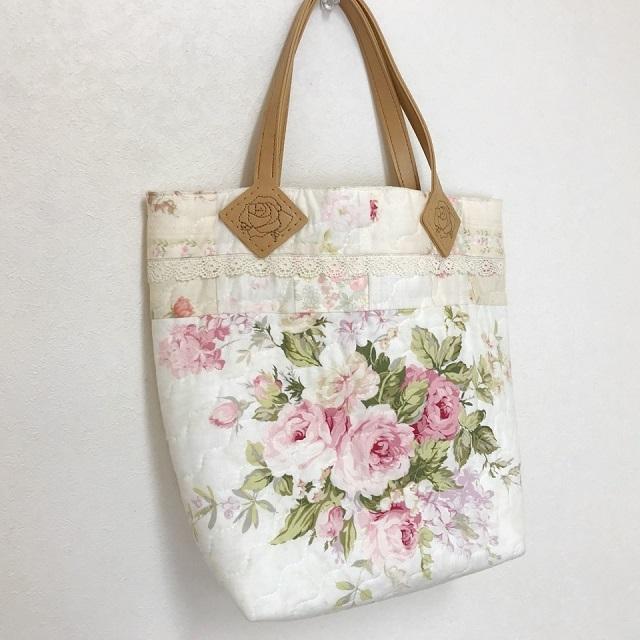 【ハートフィールドオリジナル】【パッチワーク完成品】【バッグ】 優しい色合いのオシャレなバッグ