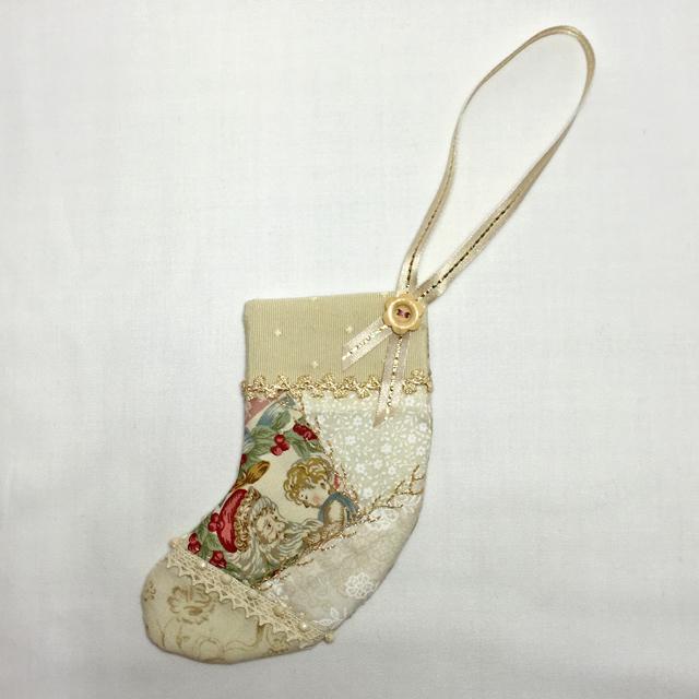 【完全オリジナルデザインキット】【Xmas】【レース】【メール便可】とびっきりロマンティックなピンク×ホワイトクリスマスのミニミニブーツ