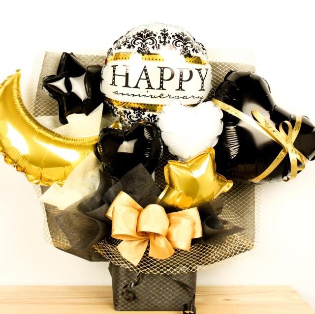 ブラック&ゴールドでゴージャスな誕生日プレゼント 大人可愛いアレンジ、誕生日、開店祝い、周年記念などに人気です。ot0029
