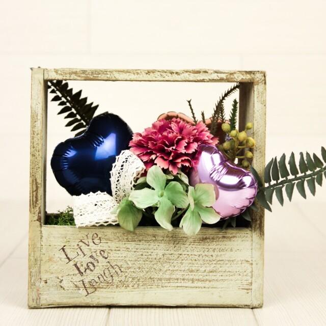 結婚式バルーン電報 「絶対オシャレシリーズ、オーガニックデザイン、スクエアバルーンアレンジ、結婚式のお祝いに大人気」 wd0073