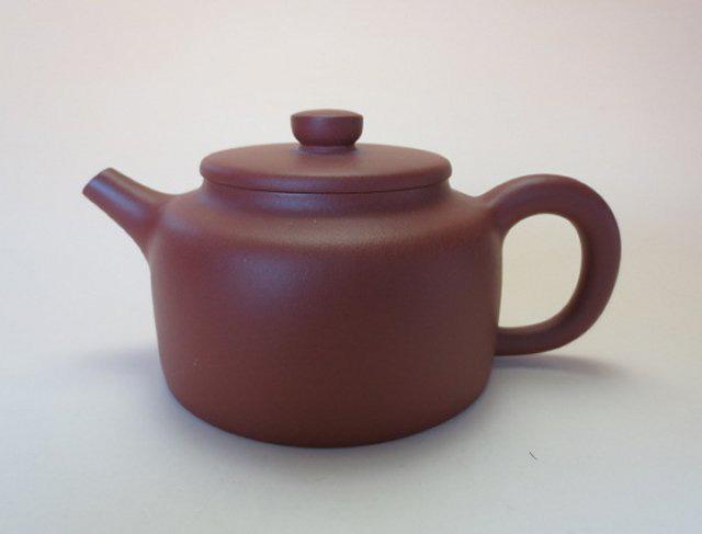 【宜興紫砂壺】プーアル茶器孟臣水平壺朱泥【王 亜琴】