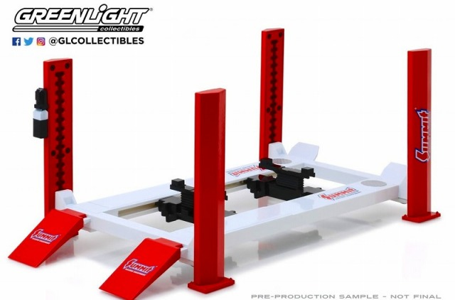 GREENLIGHT 1/18 Four-Post Lift - Summit Racing Equipment