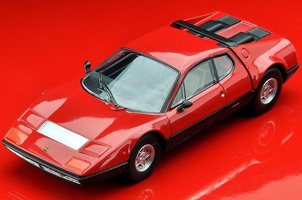 トミカリミテッドヴィンテージNEO 1/64 フェラーリ365 GT4 BB(赤/黒)