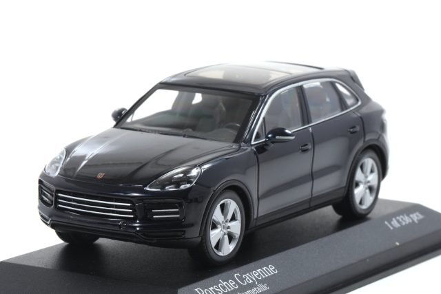 MINICHAMPS 1/43 Porsche Cayenne 2017 Blue metallic 336pcs