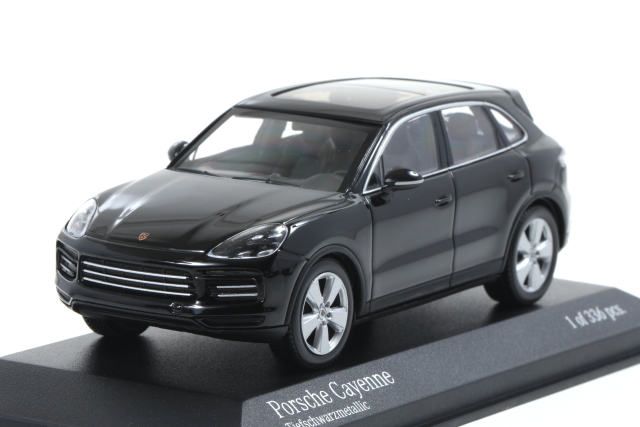 MINICHAMPS 1/43 Porsche Cayenne 2017 Black metallic 336pcs
