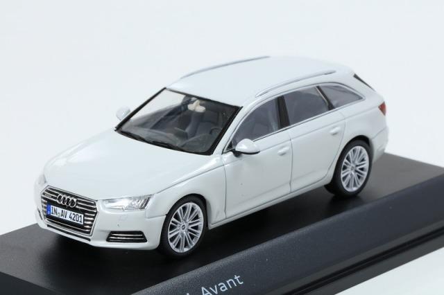 Audi 1/43 アウディ A4  アバント  グレイシアホワイト