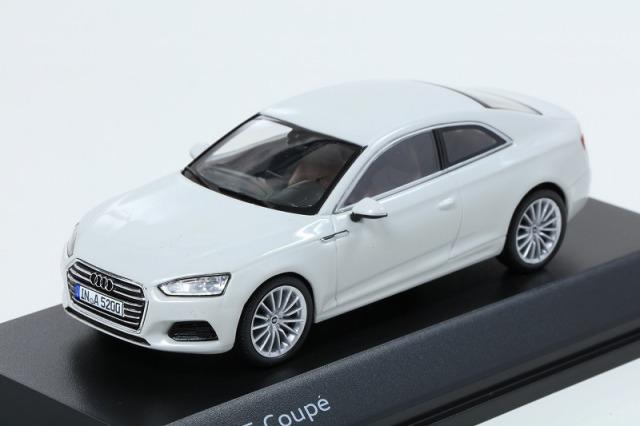 Audi 1/43 アウディ A5 クーペ  グレイシアホワイト