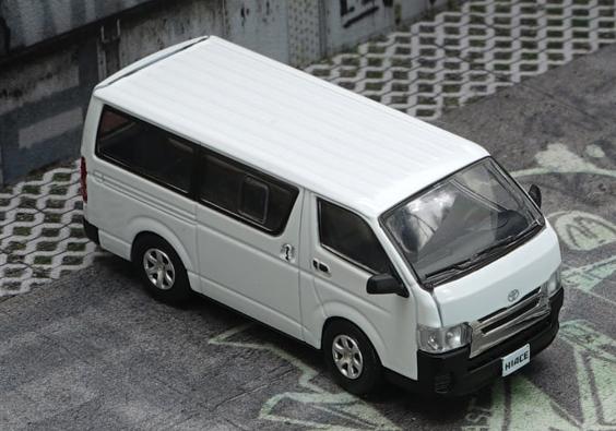BM CREATIONS 1/64 Toyota  2015 Hiace KDH200V White RHD