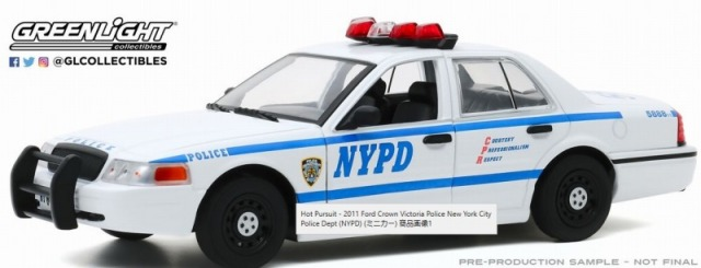 GREENLIGHT 1/24 2011 Ford Crown Victoria Police New York City Police Dept (NYPD)
