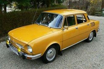 <予約 2021/11月発売予定> ixo 1/43 シュコダ 100L 1974 オレンジ