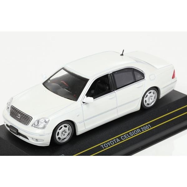 【ファースト43】 1/43 トヨタ セルシオ 2001 (ホワイト)