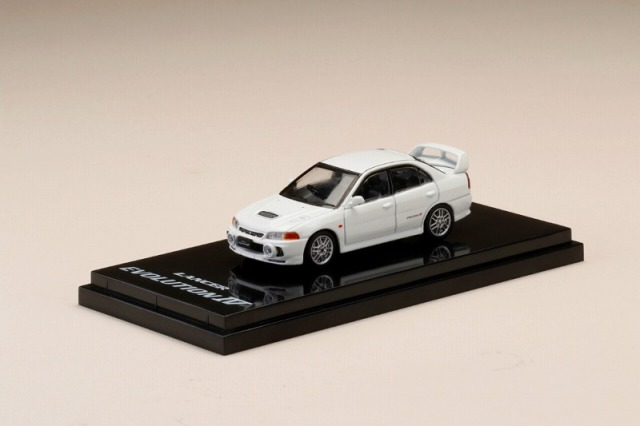 Hobby JAPAN 1/64 Mitsubishi Lancer GSR Evolution IV (CN9A) Scortia White