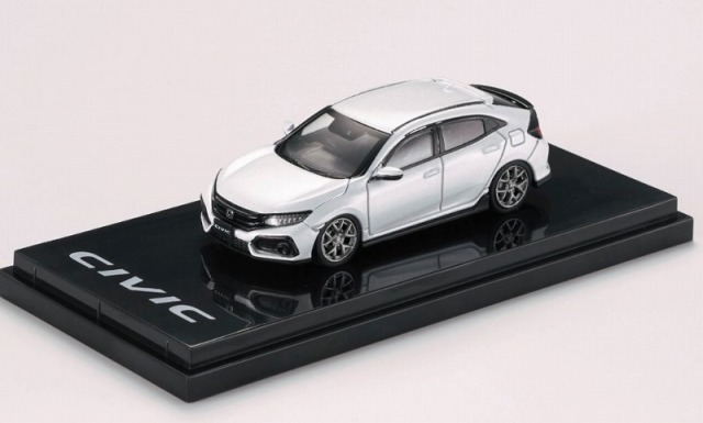 HobbyJapan 1/64 Honda CIVIC Hatchback (FK7) Customized Version White Orchid Pearl