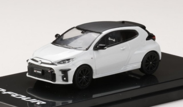 "HobbyJapan 1/64 Toyota GR YARIS RZ""High-performance"" PLATINUM WHITE PEARL MICA"