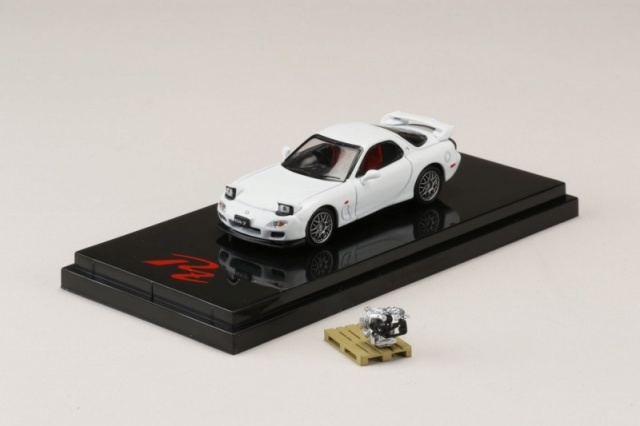 HobbyJapan 1/64 Mazda RX-7 (FD3S) Type RZ With Engine Display Model Pure White