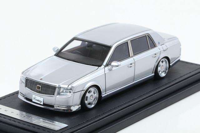 [Ignition model] 1/43 Toyota Century (UWG60) Silver