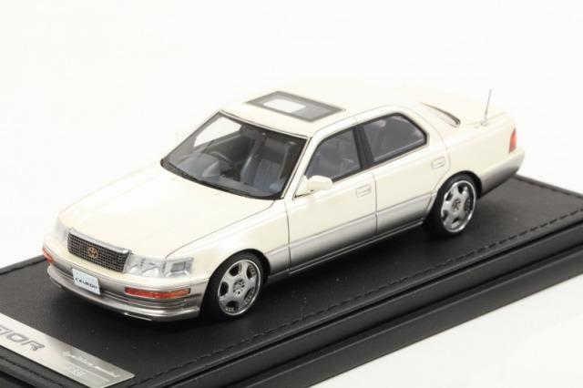 Ignition 1/43 Toyota CELSIOR (F10) Pearl White OZ-Wheel