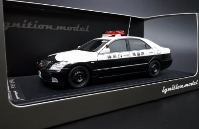 Ignition 1/43 Toyota Crown (GRS180) 神奈川県警高速道路交通警察隊 538号