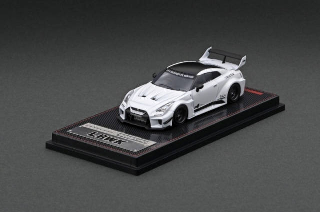 Ignition 1/64 LB-Silhouette WORKS 35GT-RR Matte Pearl White