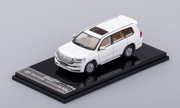 GCD 1/64 トヨタ ランドクルーザー 200 ホワイト