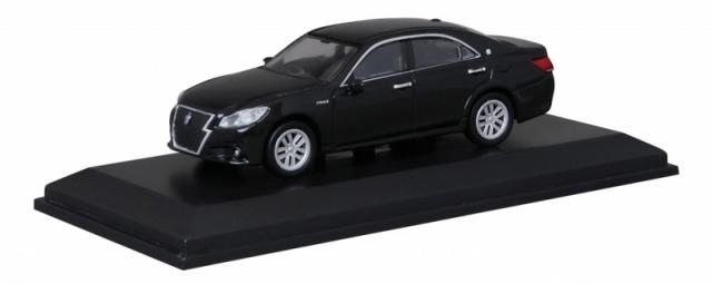 Kyosho 1/64 トヨタ クラウン ブラック 宮沢模型流通限定