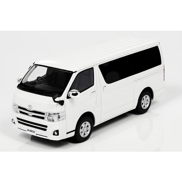【Kyosho】 1/18 トヨタ ハイエース (ホワイト) ※サムライシリーズ 限定600台