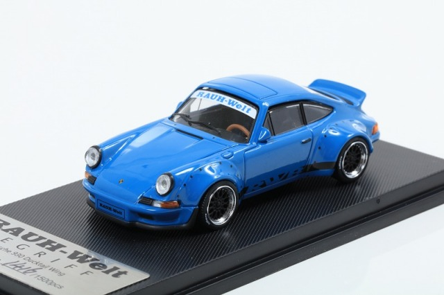 MODEL COLLECT 1/64 RWB 930 Ducktail Wing Blue