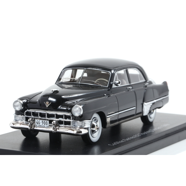 【NEO】 1/43 キャデラック series 62 Touring Sedan 1949 ブラック