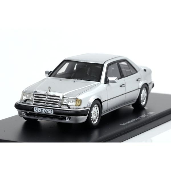 spark 1/43 Mercedes-Benz 500E 1986 Silver