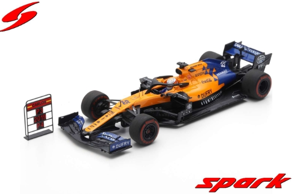 spark 1/43 MCLAREN F1 TEAM NO.55 3RD BRAZILIAN GP 2019 MCLAREN MCL34 CARLOS SAINZ JR. WITH PIT BOARD