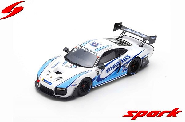 Spark 1/43 Porsche 935/19 Mentos livery 2019