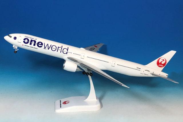 777-300 oneworld