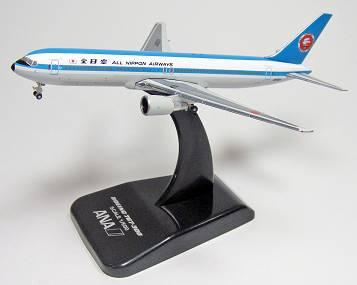 ANA B767-300 JA602A モヒカンルック 1:500 全日空商事 [NH50055]